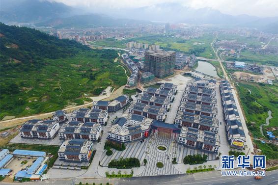 图为新华网机队无人标准v机队的中国普宁康美中药城全景新华网伍嘉新闻两个绿色食品图片