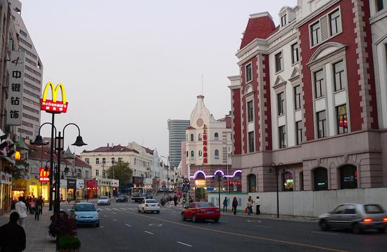 """青岛:赏建筑 逛老街 游海滨 """"哈""""啤酒 --转载"""