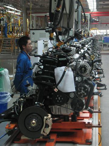 奇瑞汽车发动机组装车间生产的自主知识产权ACTECO系列发动机已经