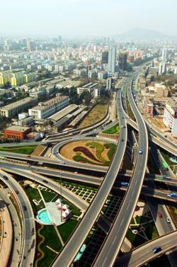 壁纸 道路 高速 高速公路 公路 桌面 250_377 竖版 竖屏 手机