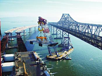 钢结构,世界抗震等级最高的美国旧金山新海湾大桥