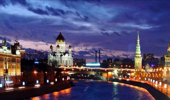 圣彼得堡是俄罗斯最著名的芭蕾舞中心,被誉为 俄罗斯古典芭蕾博物馆