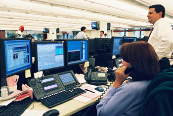 印度:启用专业团队监督管理股市