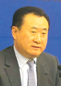 王健林/万达集团董事长 王健林:万达不是走人脉的企业,走人脉的企业做...